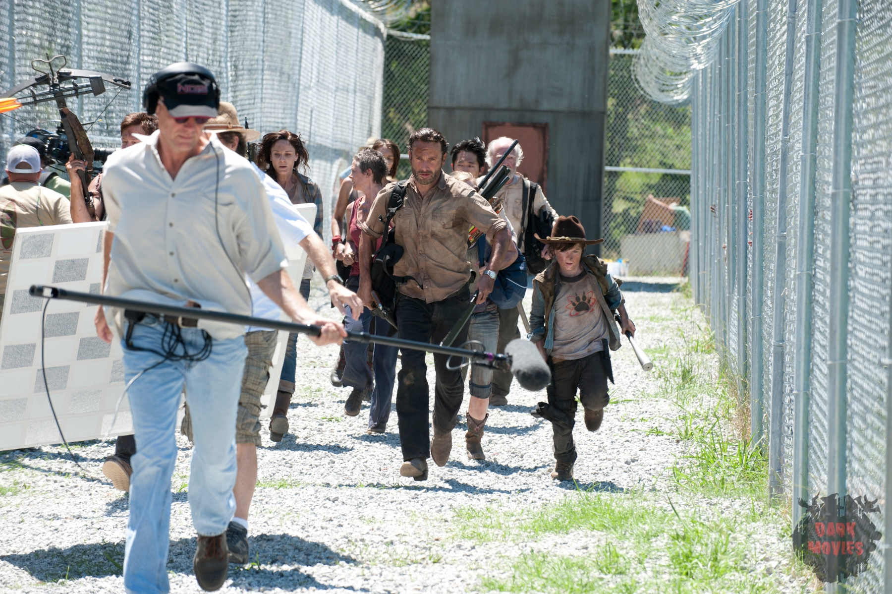 (L-R) Lori Grimes (Sarah Wayne Callies), Rick Grimes (Andrew Lincoln) and Carl Grimes (Chandler Riggs) - The Walking Dead - Season 3, Episode 1 - Photo Credit: Gene Page/AMC