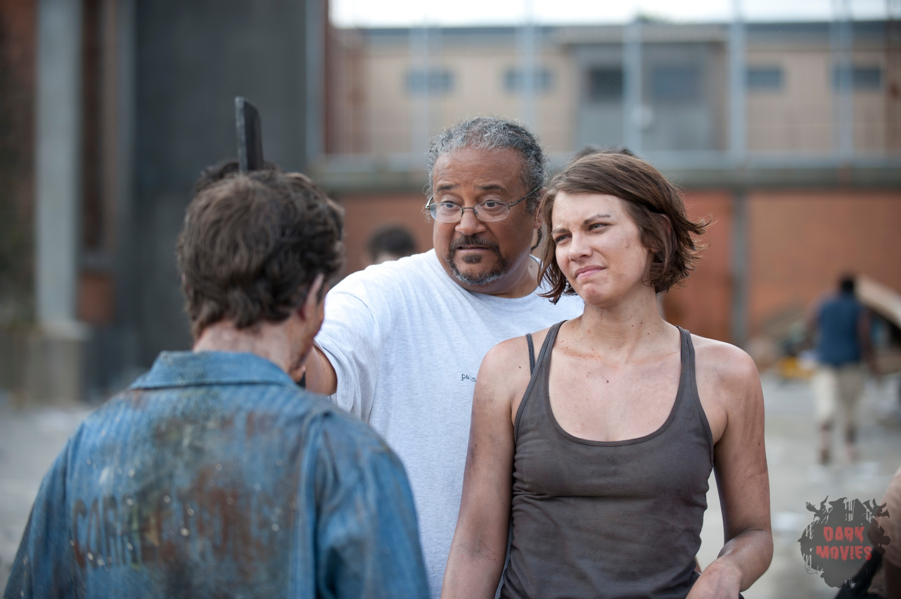 Ernest Dickerson and Maggie Greene (Lauren Cohan) - The Walking Dead - Season 3, Episode 1 - Photo Credit: Gene Page/AMC