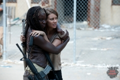 Michonne (Danai Gurira) and Maggie Greene (Lauren Cohan) - The Walking Dead - Season 3, Episode 11 - Photo Credit: Gene Page/AMC