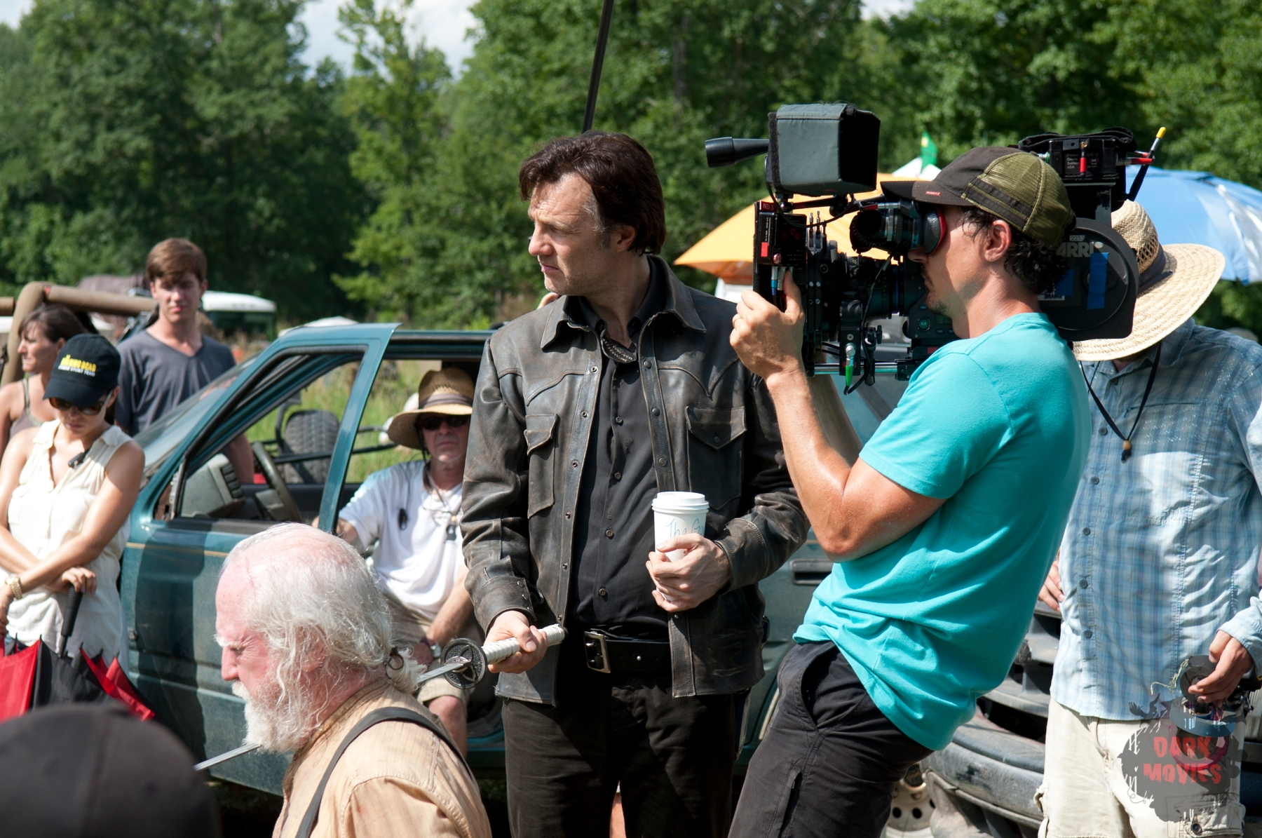 Hershel Greene (Scott Wilson) and The Governor (David Morrissey) - The Walking Dead _ Season 4, Episode 8 _ BTS - Photo Credit: Gene Page/AMC